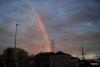 夕方の虹と綺麗な夕焼け空[レウサイトフォトグラフィー]